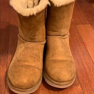 UGG Women's Bailey Bow Chestnut Boots, US Size 7